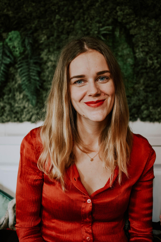 Astrid Van den Broeck